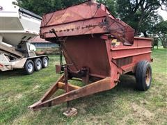 Blair Feeder Wagon