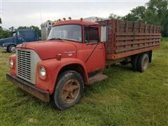 1971 International Loadstar 1600 Grain Truck