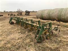 John Deere 825 6 Row Cultivator