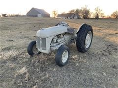 Ford 9N 2WD Tractor (INOPERABLE)