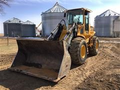 2001 John Deere TC54H Wheel Loader