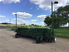 Great Plains Solid Stand 20 3-Pt Double Disc Grain Drill