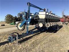 Kinze 3600 12 Row Planter