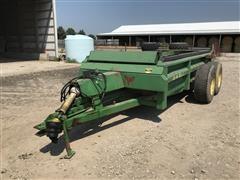 John Deere 785 T/A Hydraulic Push Manure Spreader