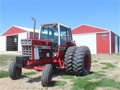 1977 International 1586 2WD Tractor