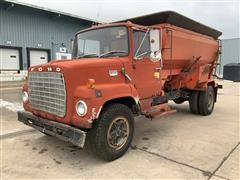 1975 Ford F600 S/A Feed Truck (Inoperable)