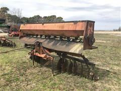 United Farm Tools 14 Taper Blade Levee Plow W/Seeder