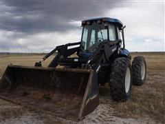 New Holland TV140 Bi-Directional Tractor W/Loader