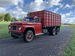 1968 Ford 850 Super Duty T/A Grain Truck