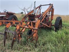 1961 International 460 Diesel 2WD Tractor W/Loader