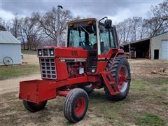 1980 International 1086 2WD Tractor