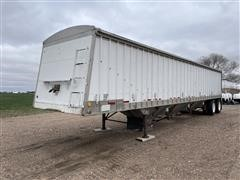 1982 Cornhusker 800 T/A Hopper Bottom Trailer