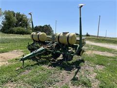 """John Deere P7000 4R38"""" Planter"""