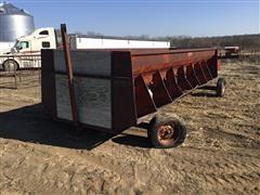 Feterl Hay Feed Wagon