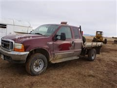 2000 Ford F350 4x4 Extended Cab M/T Flatbed Pickup