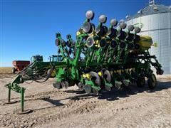 "2011 John Deere 1790 CCS 16R30"" Or 32R15"" Pull Type Planter"