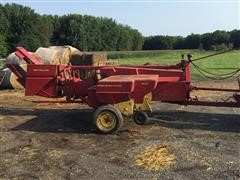 1979 New Holland 310 Small Square Baler