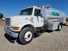 1998 International 4900 S/A Bulk Fuel Truck