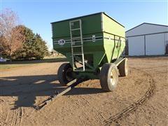 J&M 385 Gravity Wagon