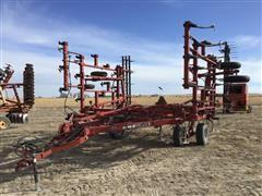 Case /International 4300 Field Cultivator