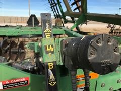 items/0b365a28f235456c9e30e90e1a953a9a/johndeere637disk-14_cd53270ff8544989b2e84be01689d02e.jpg