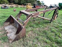 Farmhand F11 Hydraulic Loader