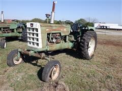 1962 Oliver 1800 Gas 2WD Tractor