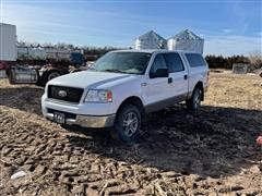 2005 Ford F150 4x4 Crew Cab Pickup W/Topper