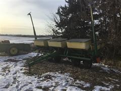 """John Deere P7000 6R30"""" Planter"""