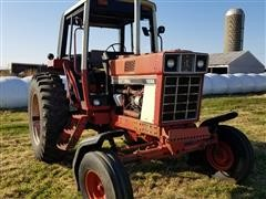 1977 International 1086 2WD Tractor
