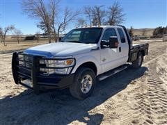 2013 Ford F350XLT Super Duty 4x4 Extended Cab Flatbed Pickup