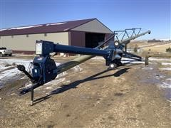 2013 Harvest International H1082 Auger