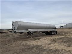 1996 Ledwell 40' Paddle Wagon T/A Feed Trailer