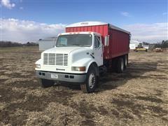 1998 International 4900 T/A Grain Truck