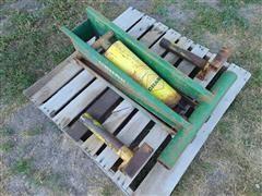Big Butch Champ Hydraulic Wagon Hoist