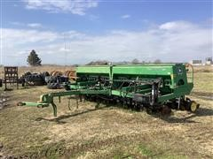 John Deere 750 No-Till Grain Drill