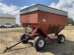 M&W 10T Little Red Wagon Grain Cart