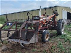 1958 Farmall 560 2WD Loader Tractor
