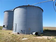 8,000 Bushel Grain Bin