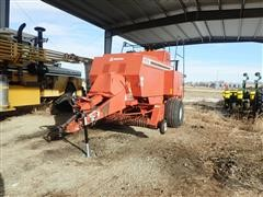 Hesston 4750 Big Square Baler