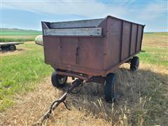 Stan-hoist Harvest Wagon