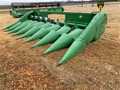 2009 John Deere 608C Corn Head