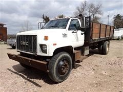 1995 GMC TopKick C7H042 S/A Flatbed Truck W/Scotts Level Lift Hoist