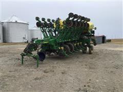 2010 John Deere 1790 CCS 16/32 Planter