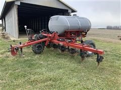 Case IH 2800 Nutri-Placer Liquid Fertilizer Applicator