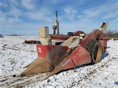 1974 International 666 2WD Tractor W/IH 2 Row Picker