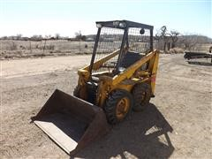 Owatonna 320 Skid Steer W/Bucket
