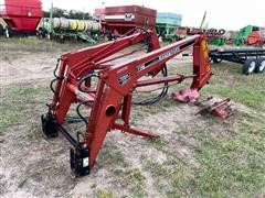 Farmhand F348 Quick Attach Loader