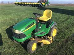 John Deere LA165 Lawn Tractor W/Mower Deck