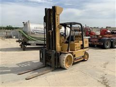 1986 Caterpillar T125D Forklift